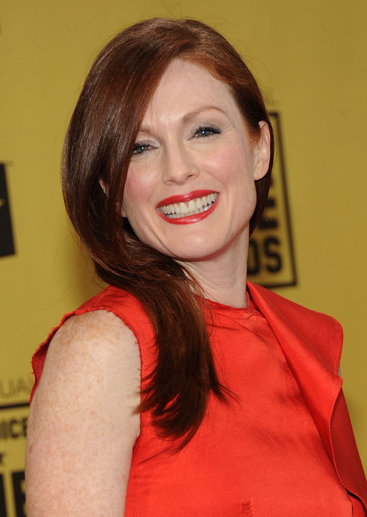 15th Annual Critics' Choice Awards 2010 Julianne Moore