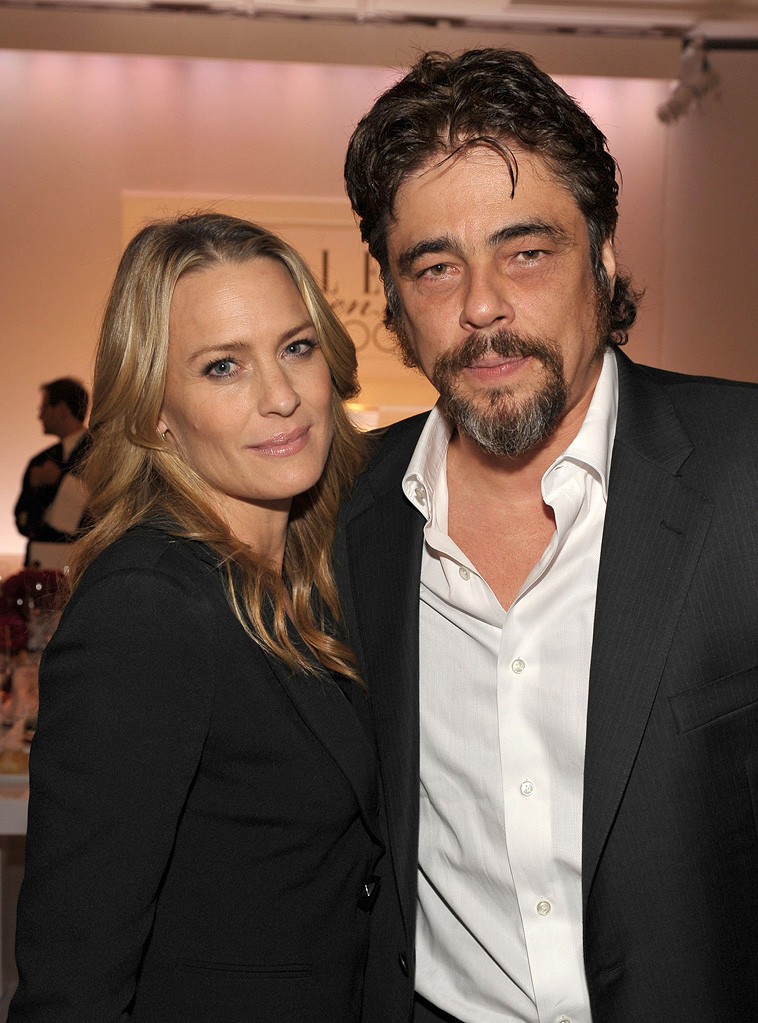 16th Annual Elle Women in Hollywood Tribute 2009 Robin Wright Penn Benicio Del Toro