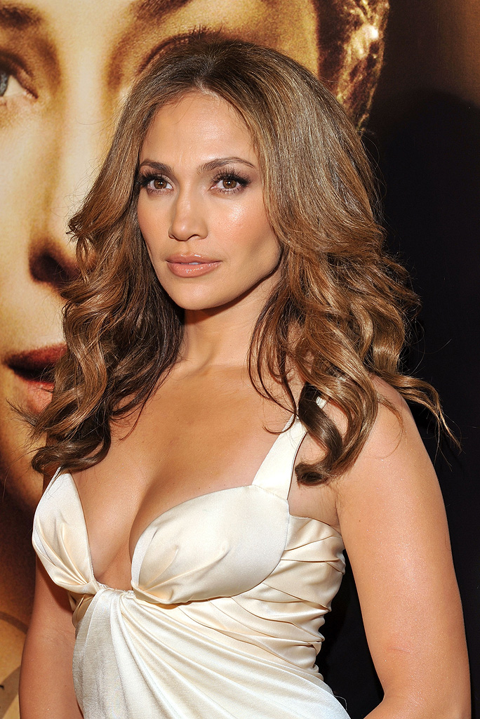The Curious Case of Benjamin Button Premiere LA 2008 Jennifer Lopez
