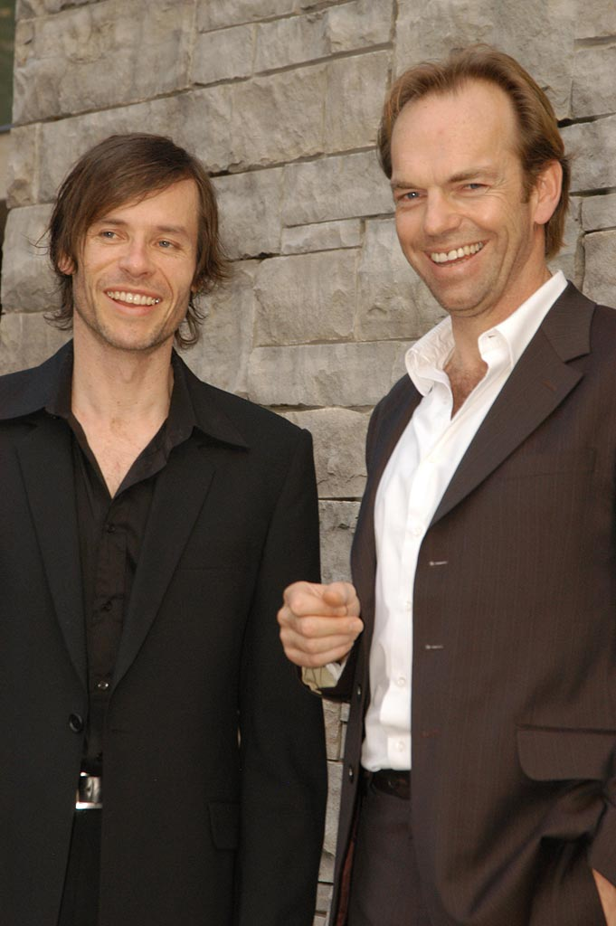 Guy Pearce Hugo Weaving 2005