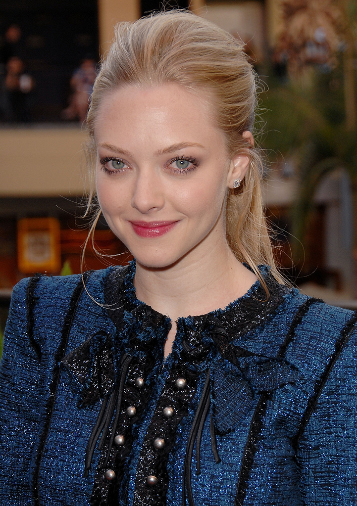 Jennifer's Body Hot Topic Fan Event 2009 Amanda Seyfried