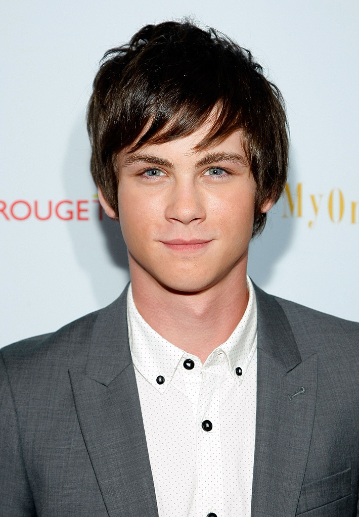 logan lerman tumblr gif