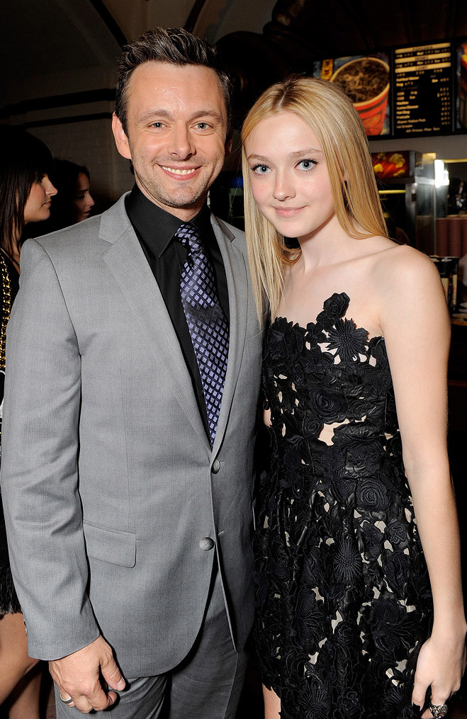 Twilight Saga New Moon LA Premiere 2009 Michael Sheen Dakota Fanning