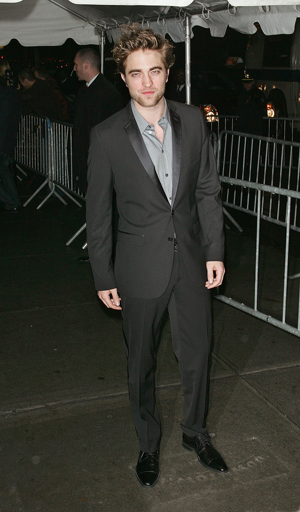Twilight Saga New Moon NY Screening 2009 robert Pattinson