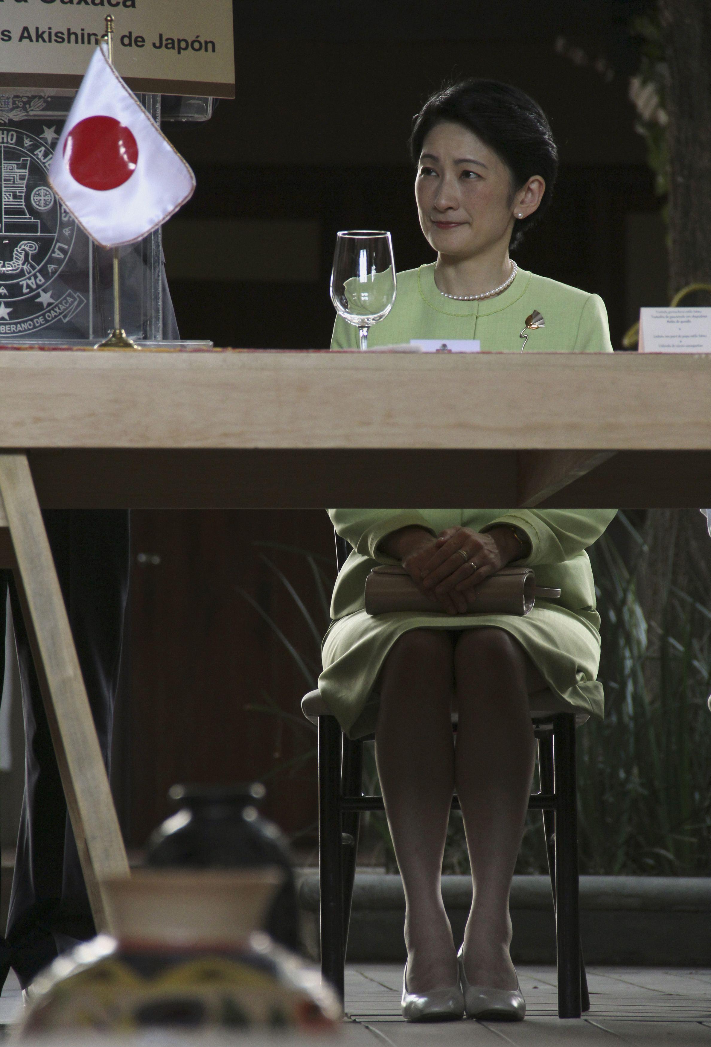 【皇室】佳子さまの伊勢参拝で見えた東宮家と秋篠宮家の明確な格差©2ch.net YouTube動画>1本 ->画像>248枚