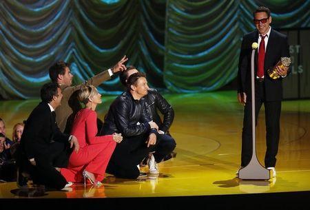 Robert Downey Jr. e Shailene Woodley são destaques no MTV Movie Awards