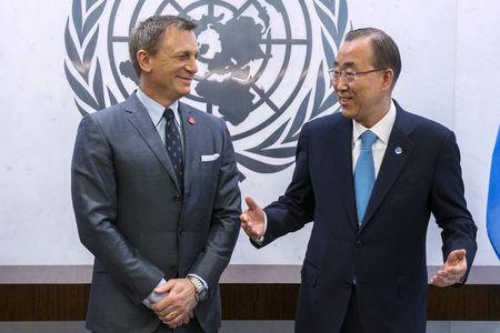 """Intérprete de 007, Daniel Craig recebe """"licença para salvar"""" como enviado da ONU"""