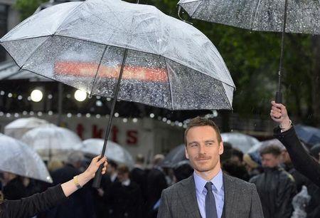 """ESTREIA–Michael Fassbender interpreta roqueiro de vanguarda em """"Frank"""""""