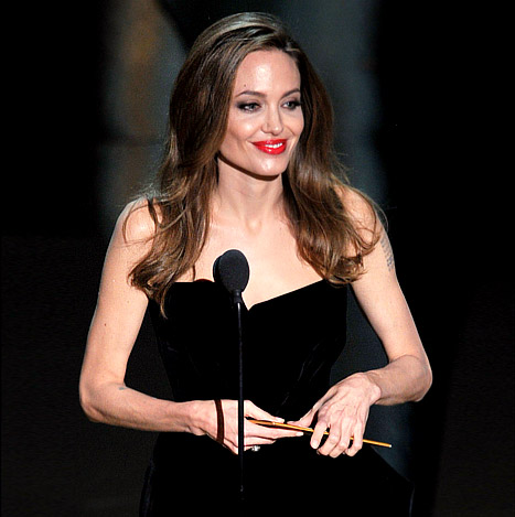 Angelina Jolie Criticized for Frail Appearance at 2012 Oscars