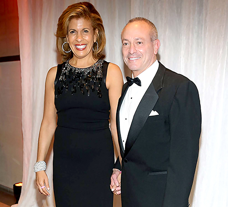 does hoda still dating jay Dating a guy who recently got out of a hoda and jenna share top 'ridiculous a major sign that he's not over his ex is if he still hangs out with her.