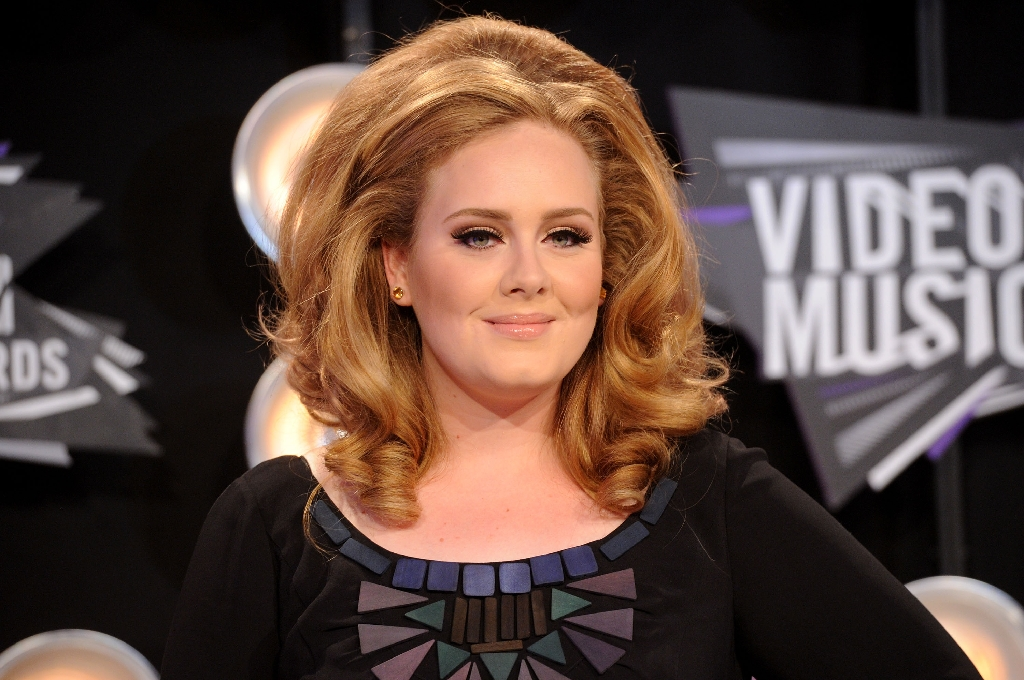 Adele objects as Trump plays song