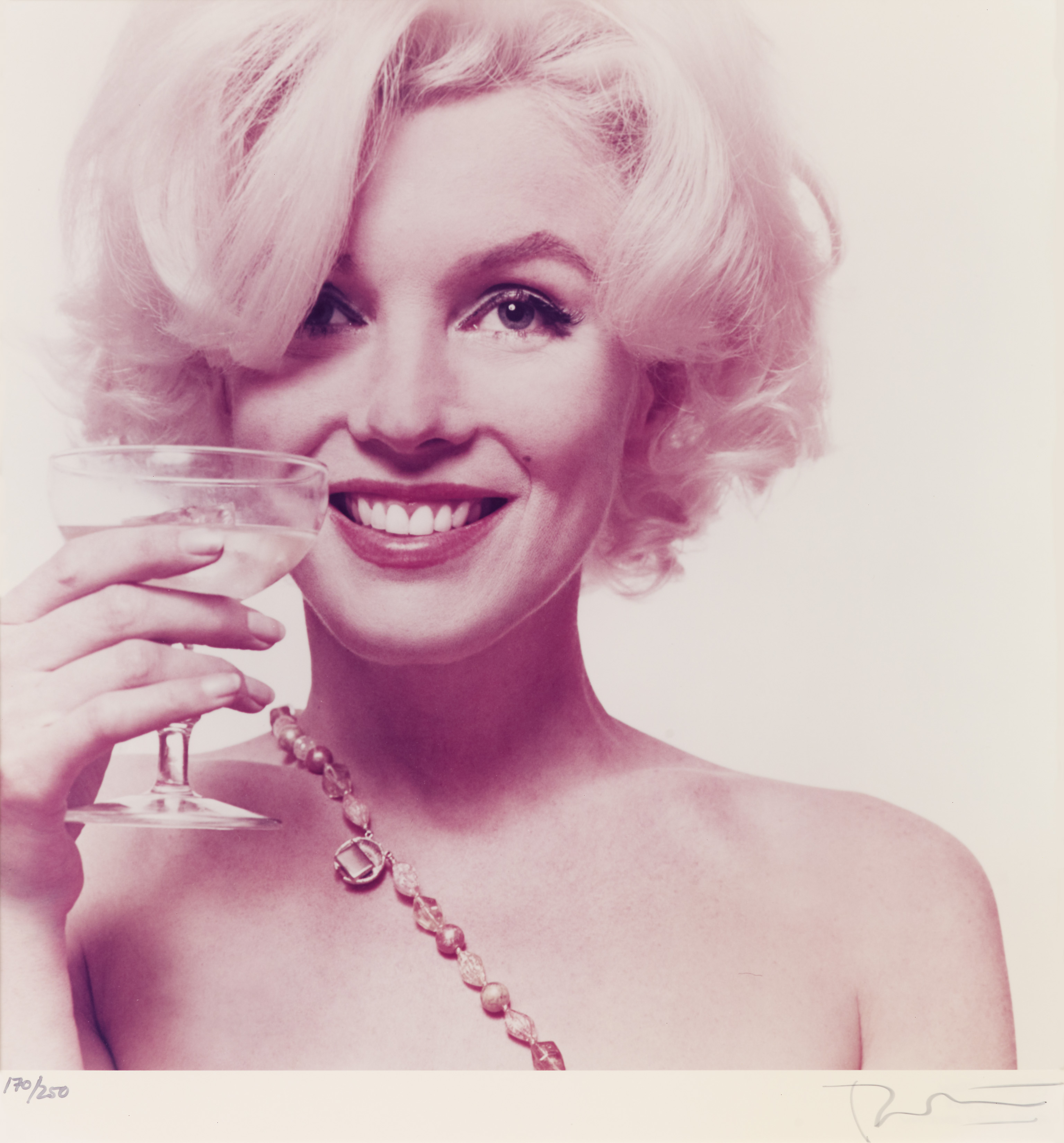Marilyn Monroe Essay | Custom Essays, Term Papers, Research