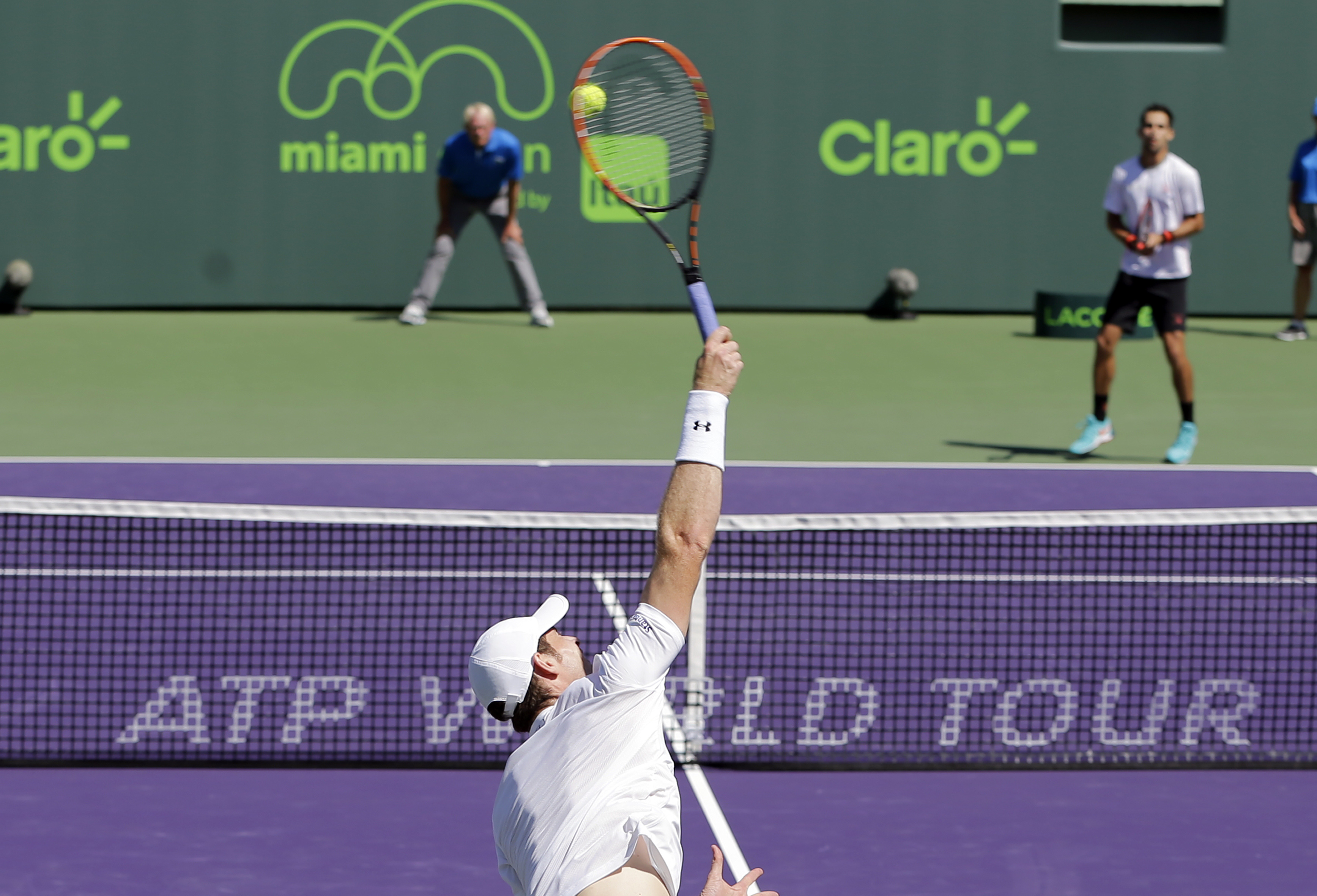 Murray reaches 4th round at Miami Open by beating Giraldo