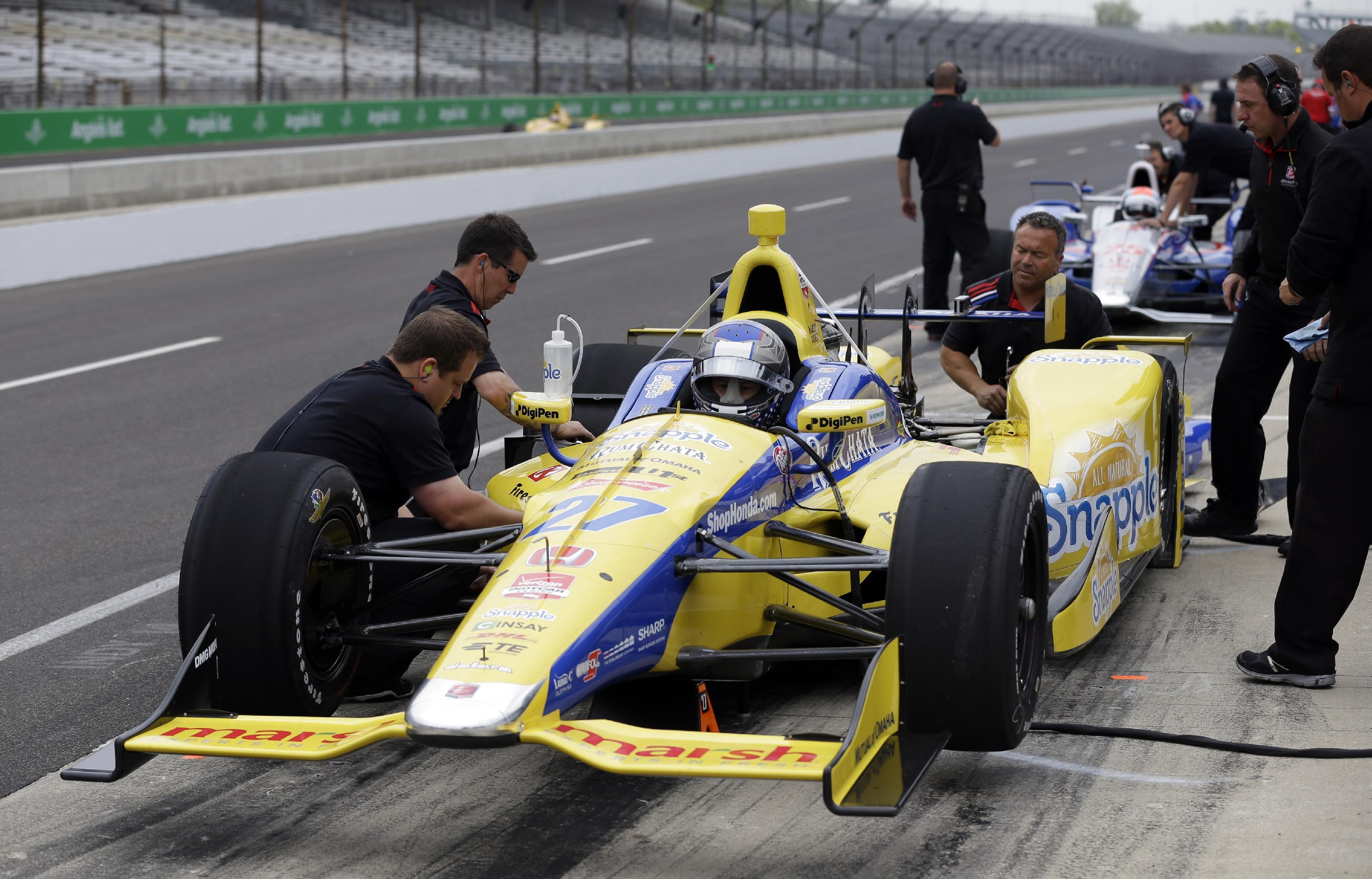 Race organizers shake up May schedule in Indianapolis