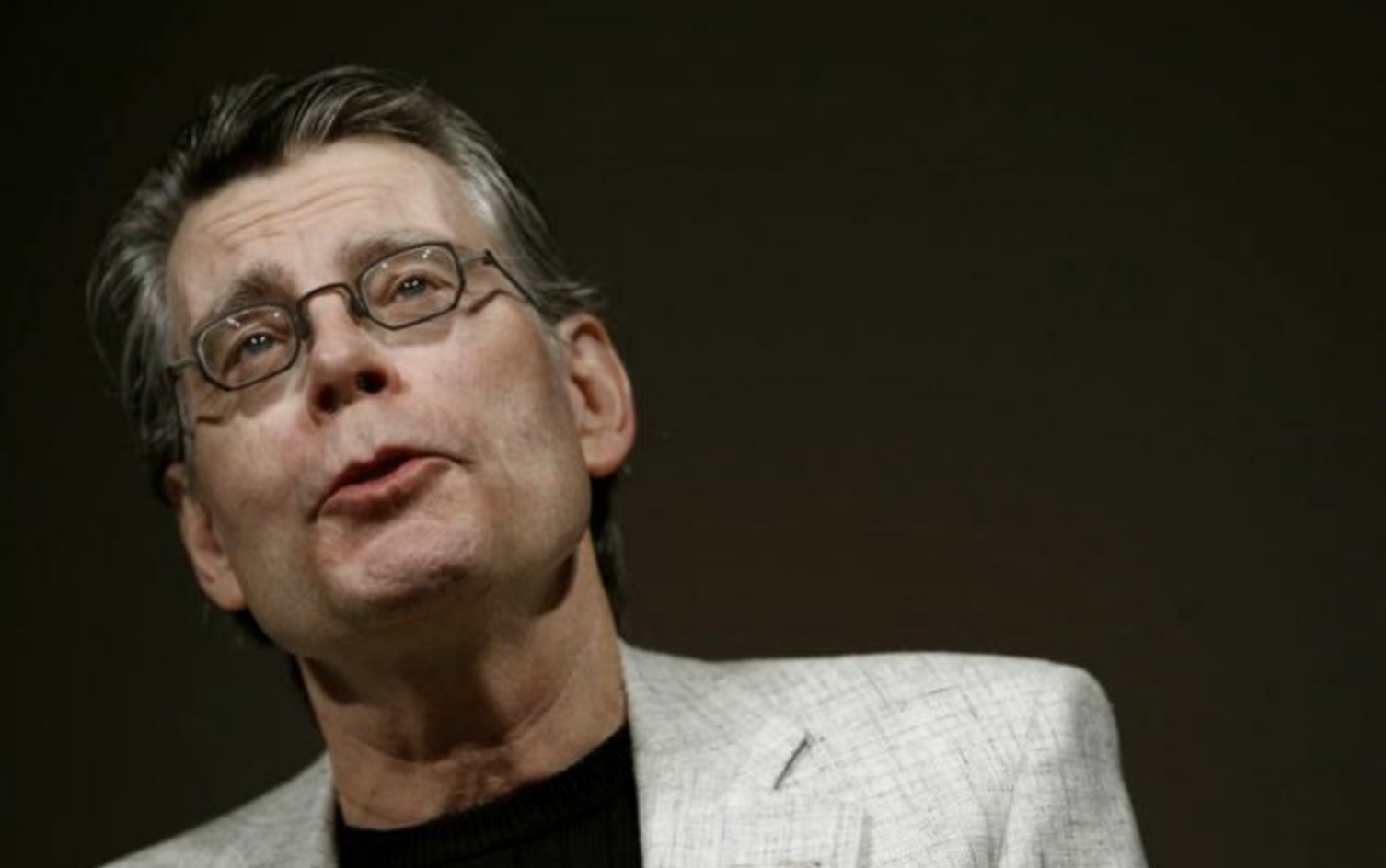 "Stephen King destroza a Trump con este simple tuit: ""A la mierda..."""