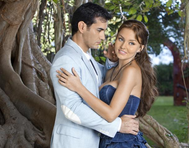 https://media.zenfs.com/es-us/blogs/adicto-telenovelas/abismo-de-passion.jpg