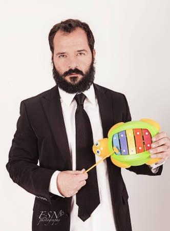 Ángel Martín: Creo que ahora mismo los únicos medios interesantes para los cómicos son Internet y el teatro