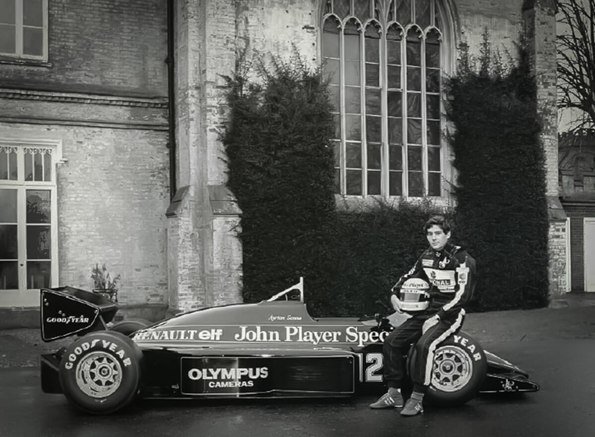 Ayrton-Senna-Lotus-97T-Credit_Classic-Team-Lotus.jpg