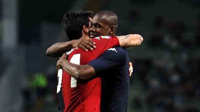 Il Cagliari respira: 3-0 al Catania