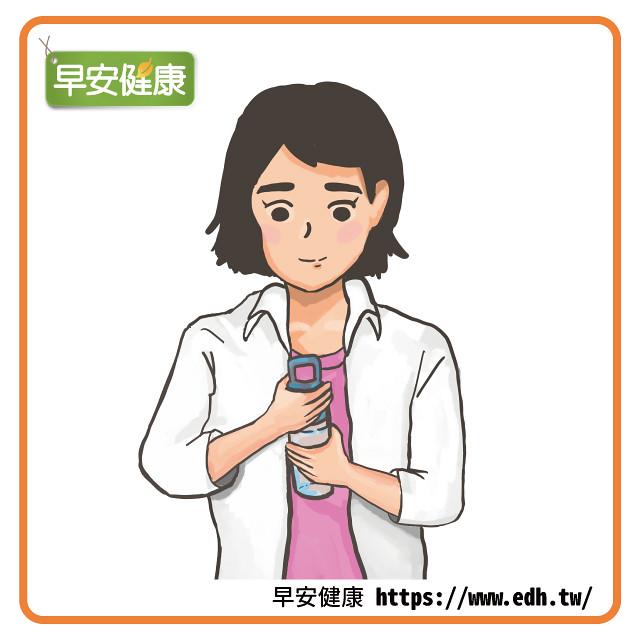擰毛巾、開瓶蓋時,以手掌垂直姿勢進行,避免過度使用手腕。