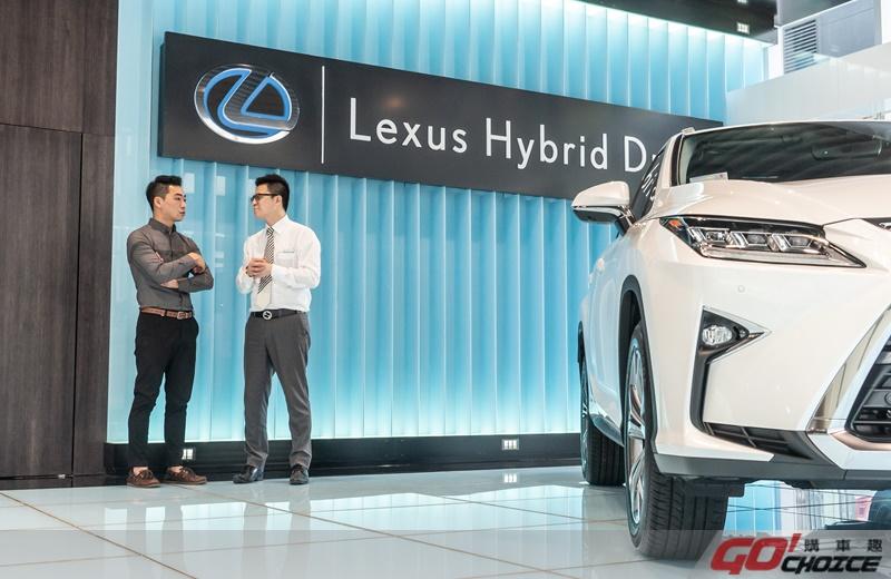 Lexus-6