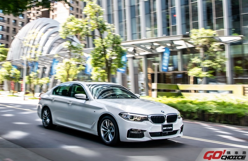 BMW5-1