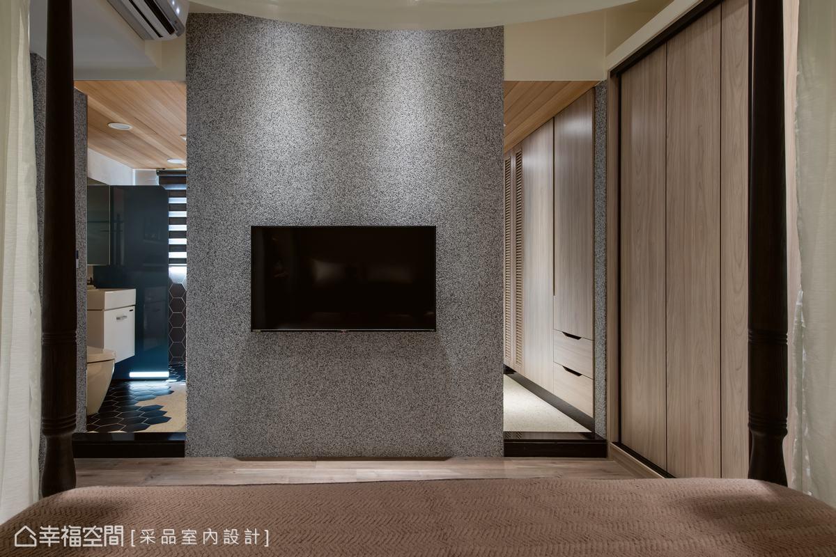 黑灰白抿石子安靜地訴說好感親近的自然休閒況味;主衛浴規劃雙動線入口設計,引領軒敞開放的空間感受。