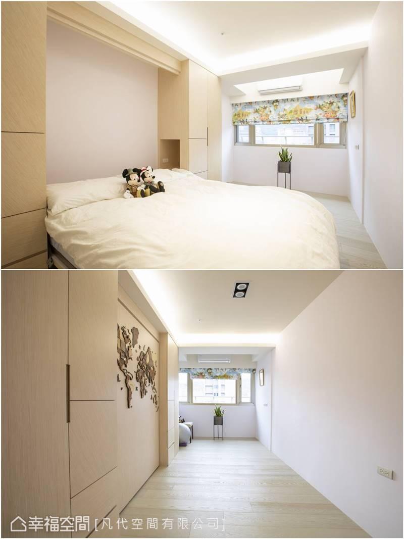 多功能房平日作為練瑜珈、聽音樂的場所,子女來訪時,可拉下掀床,作為客房使用。