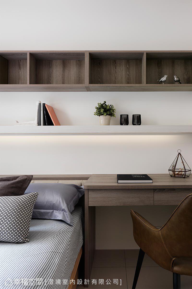 簡單不繁複的元素,簡明扼要的打造出主人想要的臥室機能。