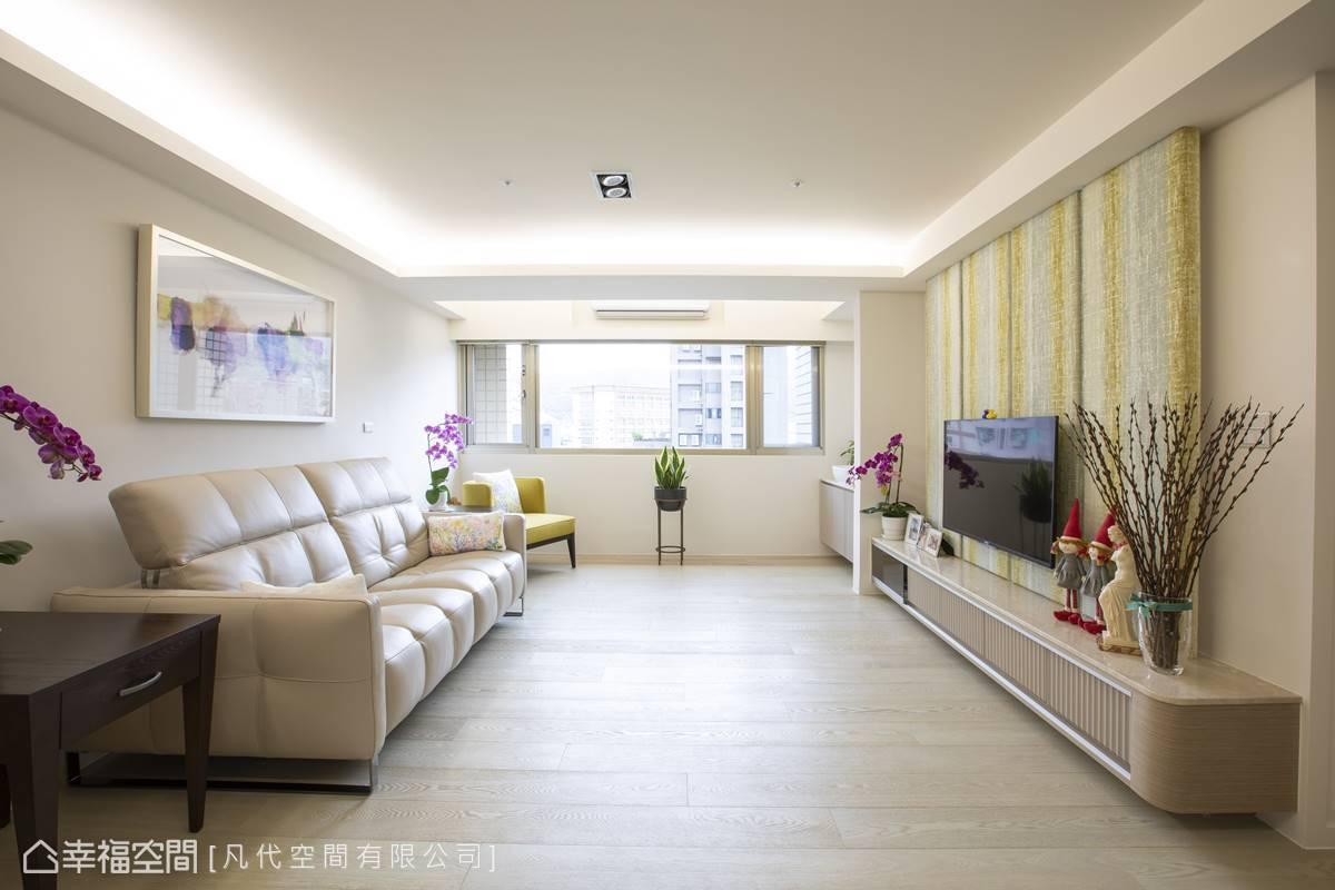 無瑕的白色渲染出清新無垢的透淨感,烘托出家具的優美本質。