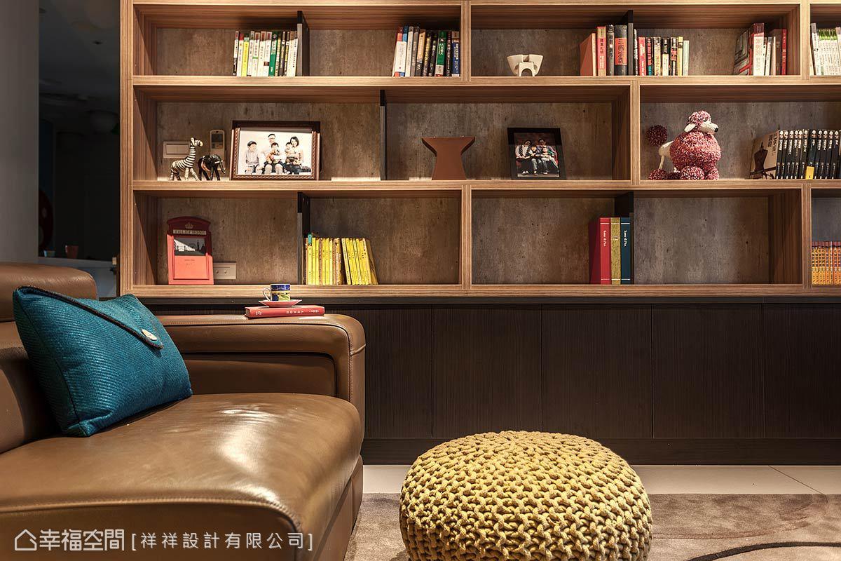 祥祥設計利用家飾擺件和書籍,增加色彩變化性,在紀錄生活點滴的同時,挹注生活暖度平衡Loft風的冷調。