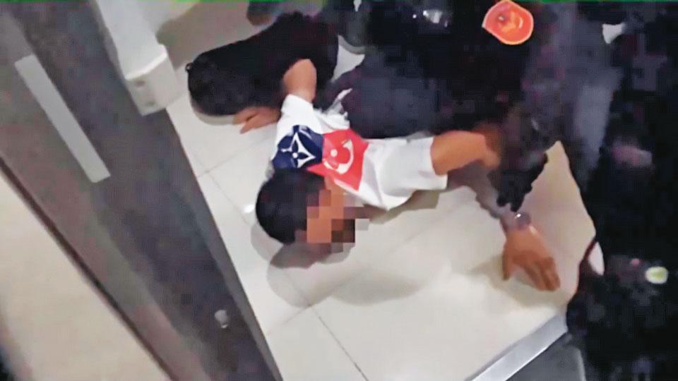 警方上週逮捕多名竹聯幫寶和會成員,全力追查館長遭槍擊案的線索。(翻攝畫面)