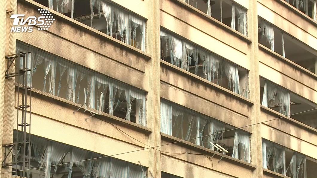 有家歸不得! 北市中泰花園82住戶集體控訴