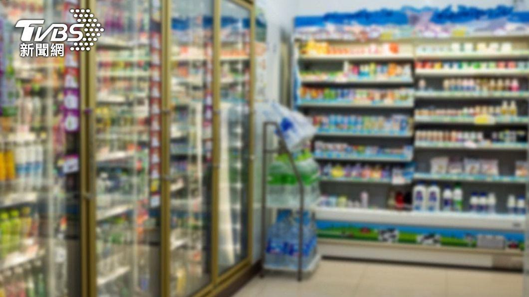 鋁箔包飲料「微波加熱」沒問題? 食藥署揭正解