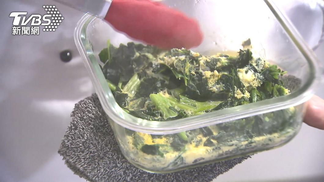 懶人菜夯!冷凍菠菜免解凍 麻婆豆腐6分鐘上桌