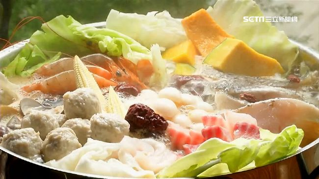 火鍋是很多台灣人最愛的美食之一。(圖/資料照)
