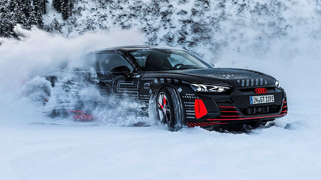 AUDI純電動跑車e-tron GT下個月首發,設計師釋出最後一波預告圖