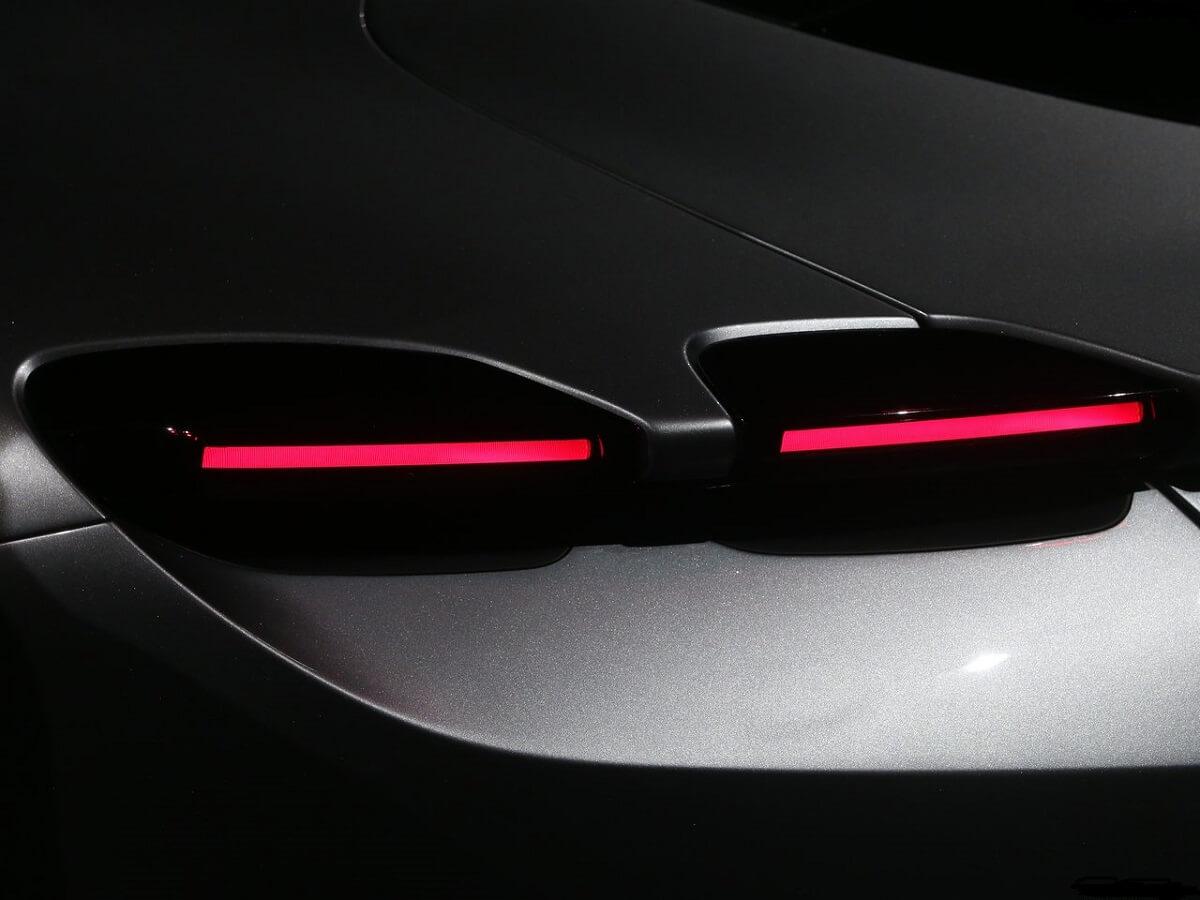 Ferrari-Roma-2020-5.jpg