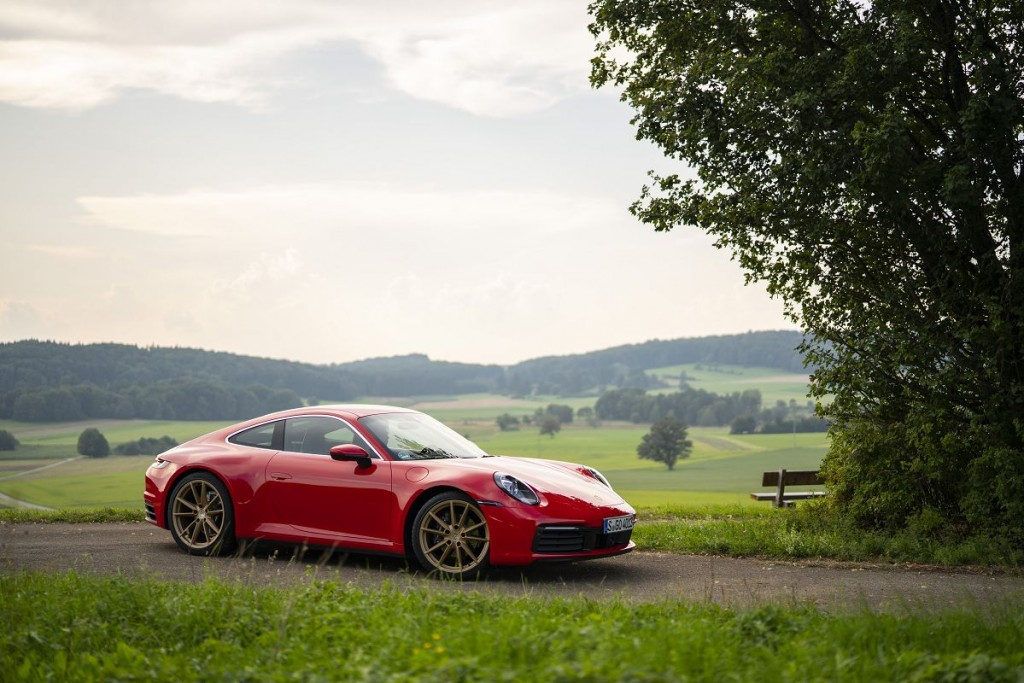 2020-porsche-911-carrera-coupe