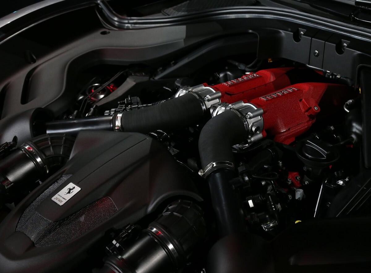 Ferrari-Roma-2020-6.jpg