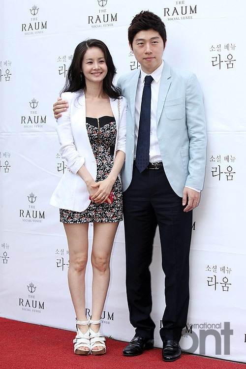 Celebrity guests to show up at Kim Ji woo and Raymond Kim ...