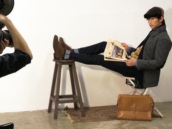 金秀賢 無修飾照公開,小臉+長腿 夢幻般的比例「令人驚歎」
