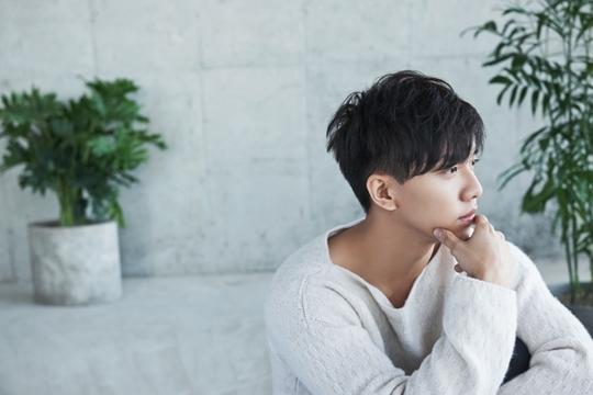 李昇基 「還有再見」橫掃各大音源排行榜 「情歌王子回歸」