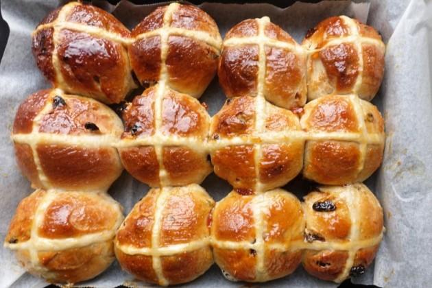 復活節十字包 Hot Cross Bun