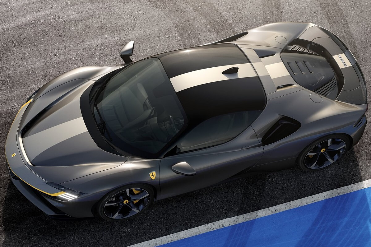 Universo-Ferrari-1.jpg