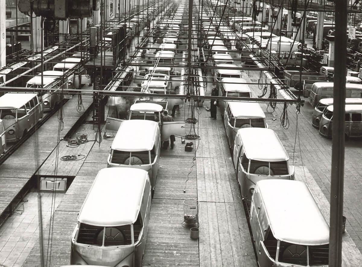 Volkswagen-Transporter-2.jpg