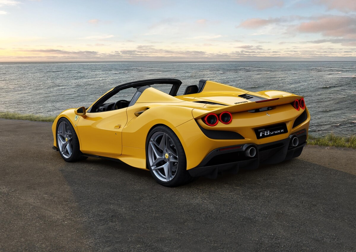 Ferrari-F8-Tributo_06.jpg
