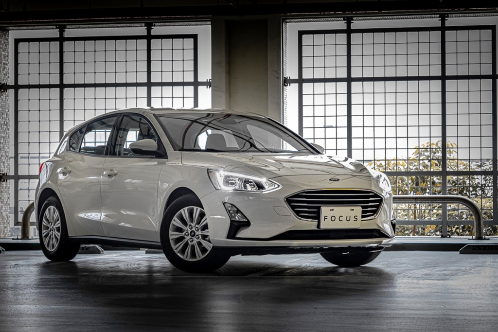 2020-ford-focus-ecoboost-182-74-9-74-9