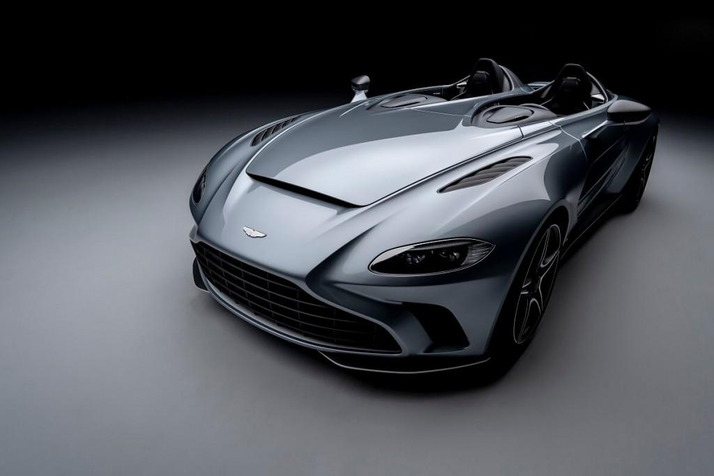 aston-martin-v12-speedster-88