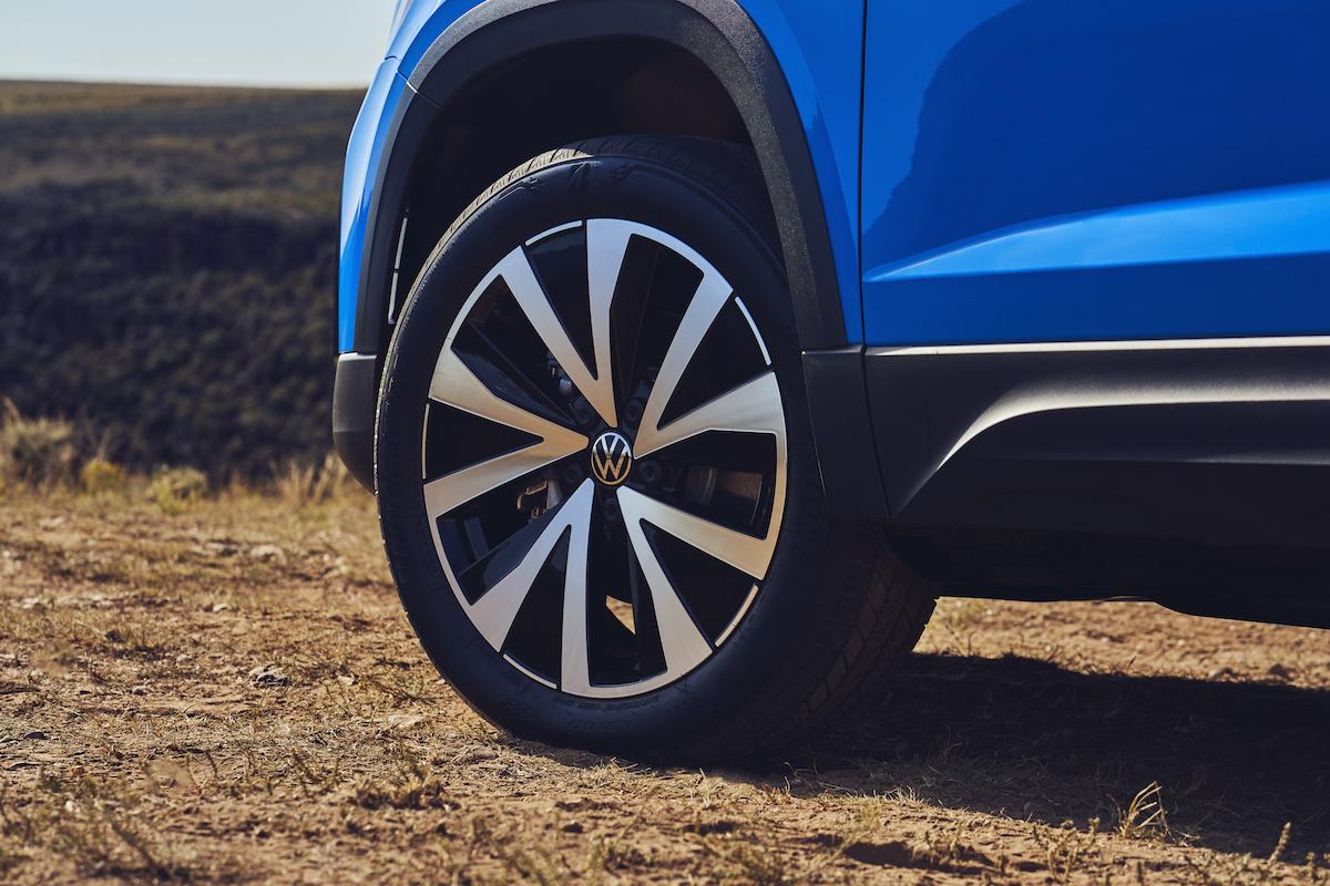 2022_Volkswagen_Taos--12326.jpg